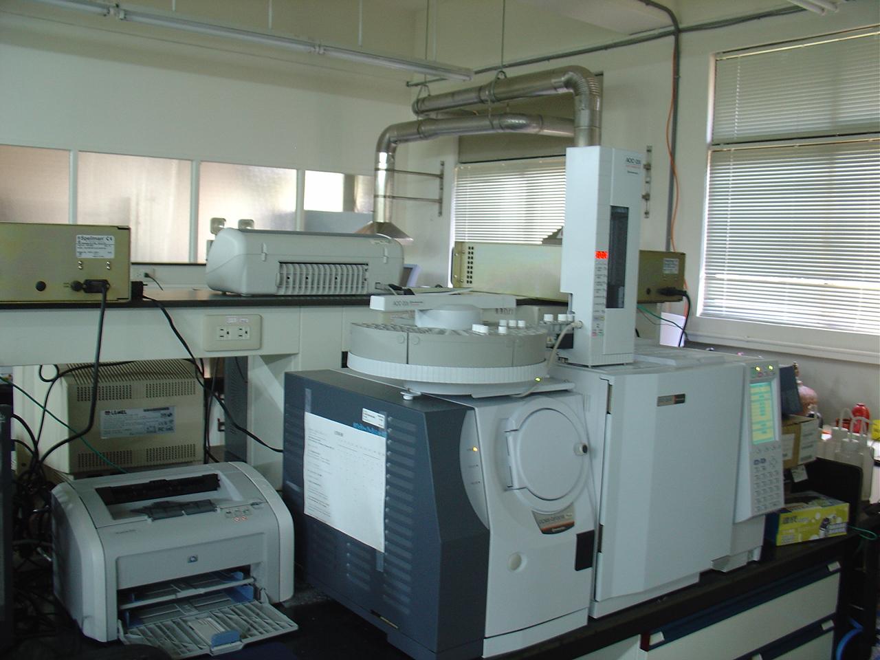 物理化学 -台湾大学化学实验室